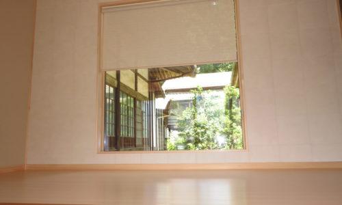 静岡市葵区の新築住宅、ロールスクリーン取り付け(ニチベイ・すだれ調 ツヅリ)
