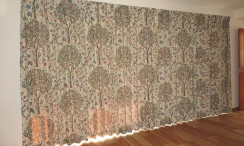 静岡市葵区のマンション ウィリアム・モリス デザインのカーテンを新設しました。