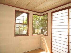 和室を洋室にリフォーム、レースカーテン「タックアップ」